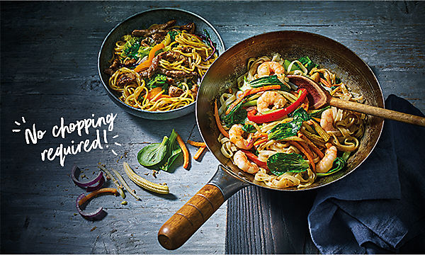 Stir-fry with prawns and vegetables