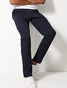 Man wearing tapered fit chinos