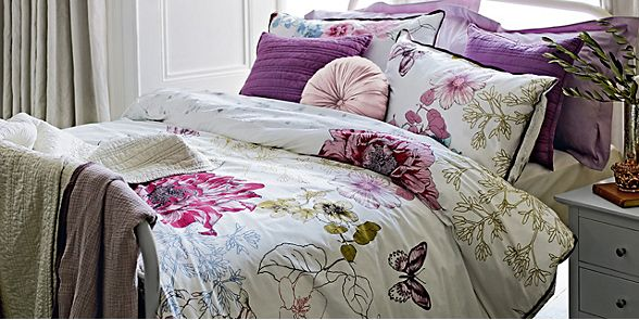 The Botanical Floral bedding set of duvet cover and pillowcases