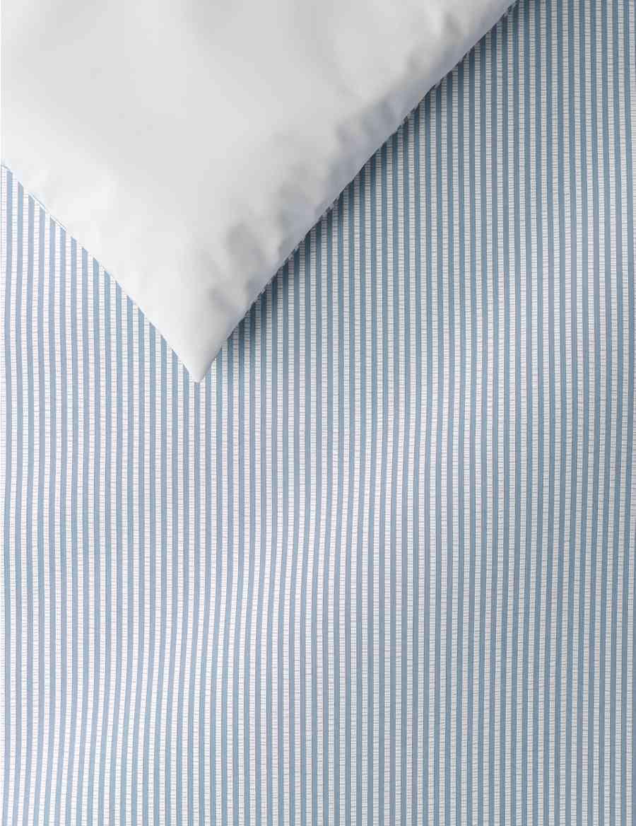 d0bebbc90f67 Micro Striped Seersucker Bedding Set