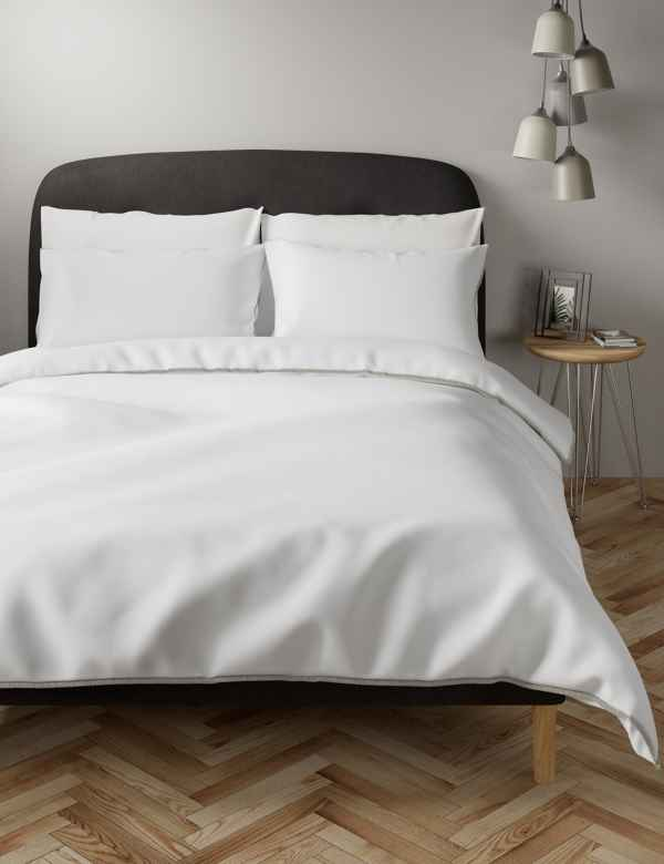 hbp60377269: Eyelash Trim Bedding Set