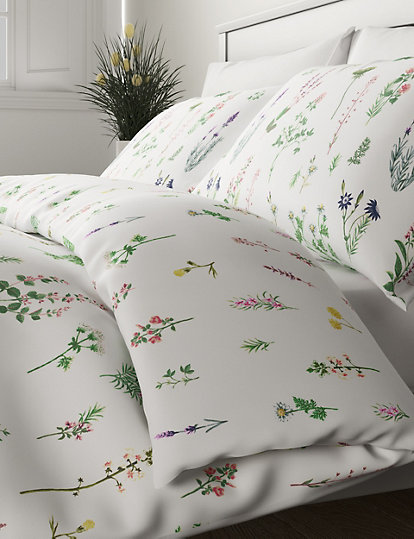 Floral Duvet Cover Set with Pillow Shams Small Spring Daisies Print