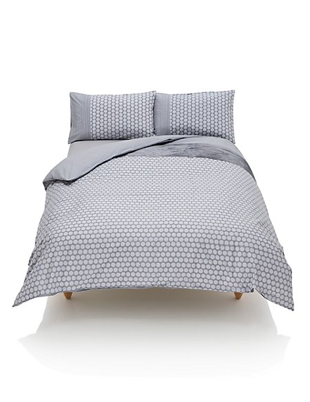 Pleated & Spotted Bedding Set