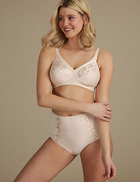 Embroidered Set with Non-Wired Full Cup A-E