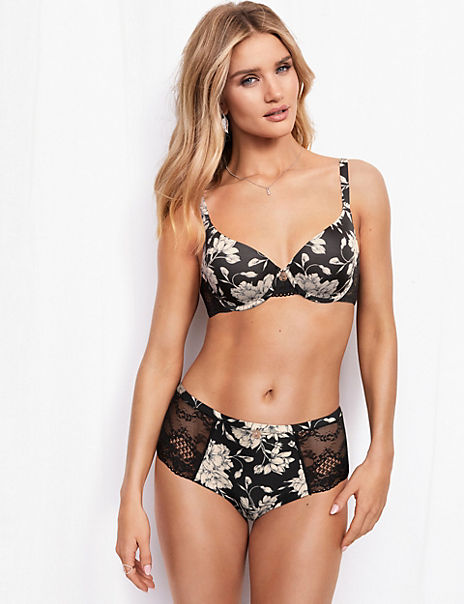 Smoothing Floral Full Cup Bra Set