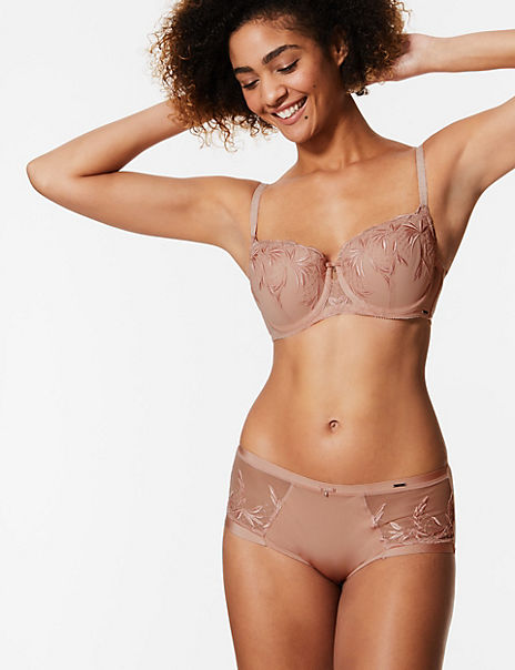 Embroidered Padded Set with Balcony A-E