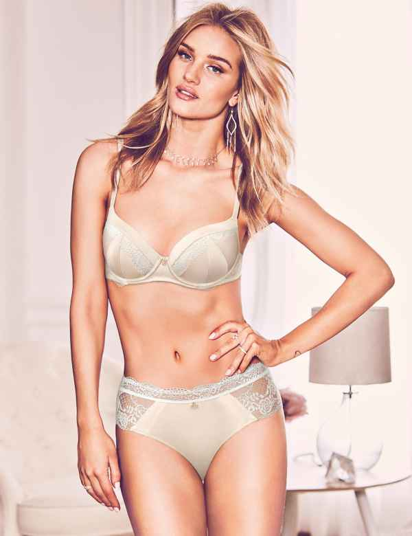 b6fc40d4bc Silk   Lace Set with Padded Full Cup A-E