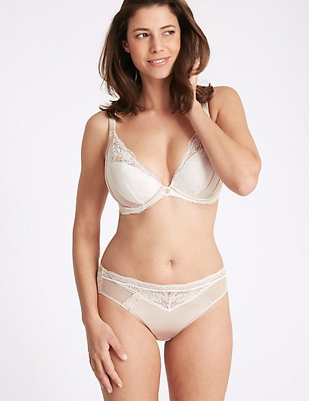 Silk & Lace Set with Padded Plunge DD-G