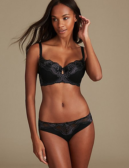 Sophia Lace Set with Padded Underwired Balcony A-E