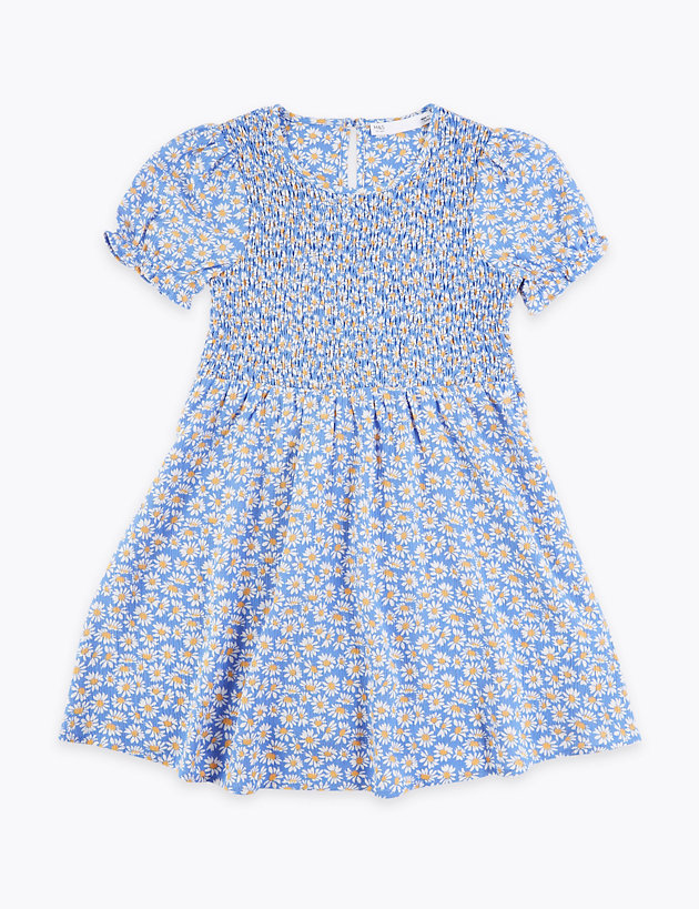 Fabulous smocked dress in ages 5,6,7 years