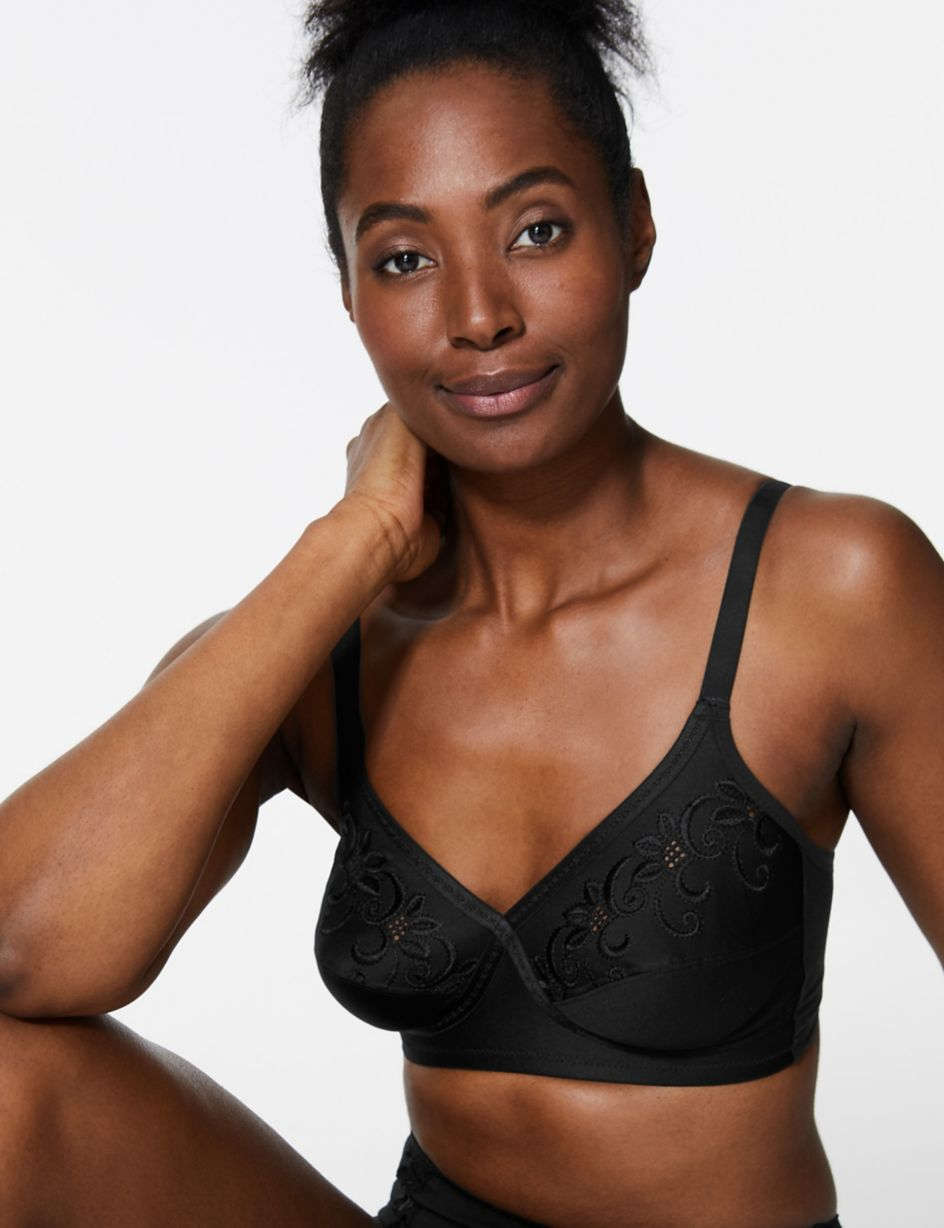 Marks /& Spencer non wired floral embroidered crossover full cup bra 32D