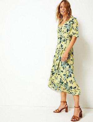 5fbcf72ae10 Floral Print Wrap Midi Dress