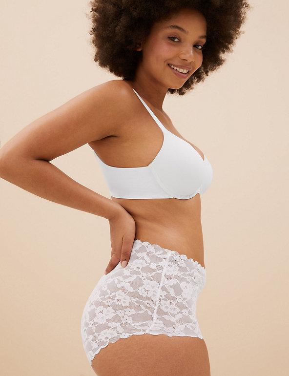 Ladies beige lacy briefs size 6-14  M /& S no label