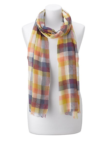 Lightweight Checked Scarve