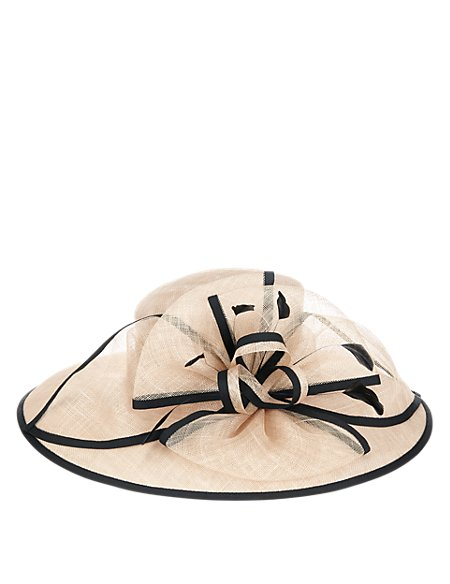 Large Bow Straw Hat