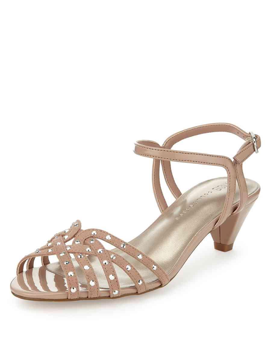 5b6f14b1253 Studded Caged Sandals