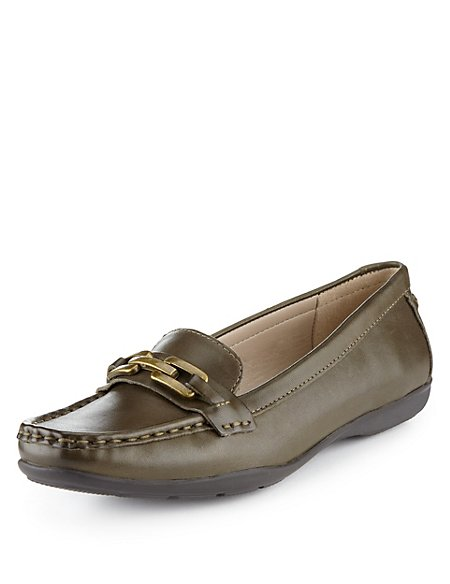 Leather Saddle Trim Loafers
