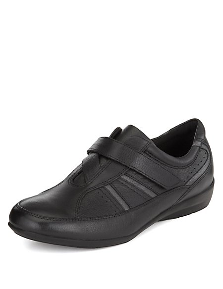 Leather Riptape Crossover Shoes
