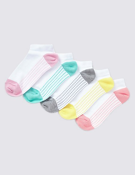 5 Pairs of Cotton Rich Freshfeet™ Spotted Trainer Liner™ Socks (5-14 Years)