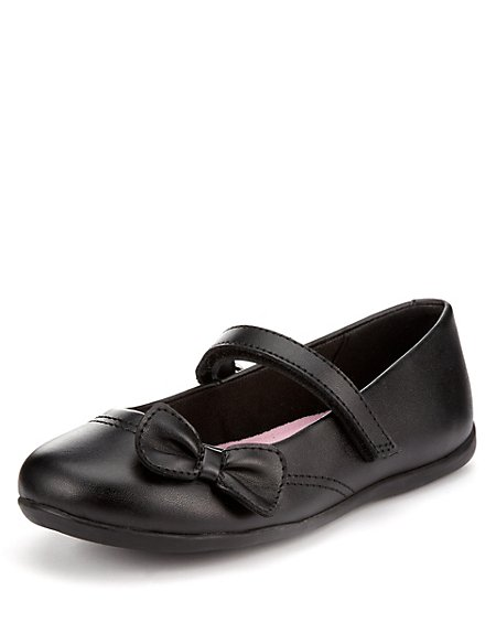 Freshfeet™ Coated Leather Bow School Shoes with Silver Technology (Younger Girls)