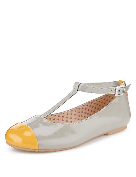Contrast Toe T-Bar Shoes