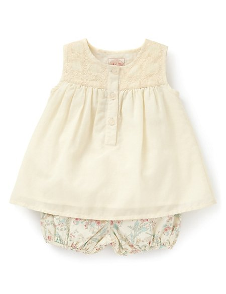 3 Piece Floral Top, Bloomer Shorts Outfit with Hat