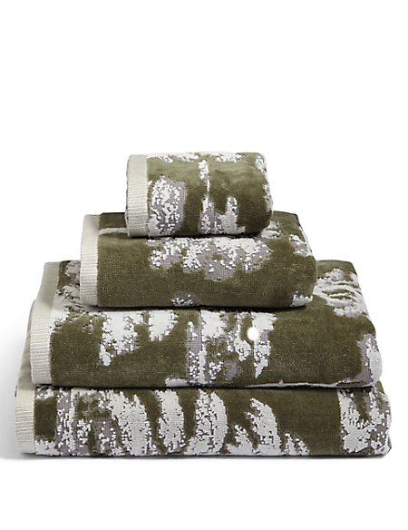 Tree Jacquard Towel