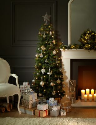 - 6ft Slim Highland Green Christmas Tree M&S