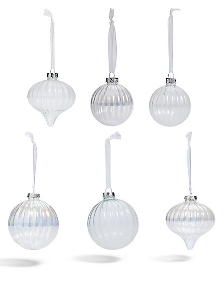 18 Clear and Silver Bauble