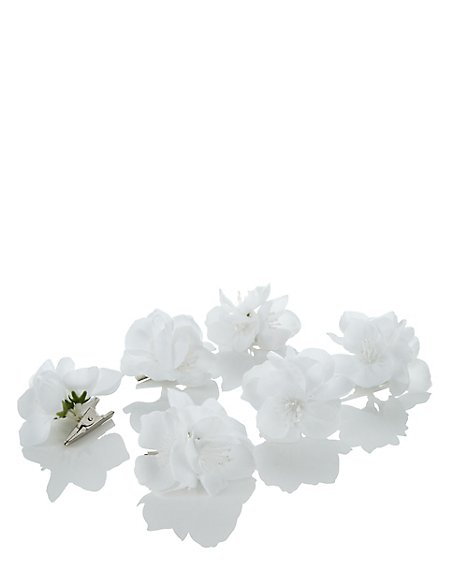 6 white clip on flowers christmas decorations - White Christmas Flower Decorations