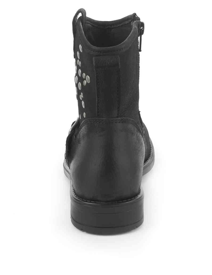 1821e833142 Leather Stud Embellished Western Boots