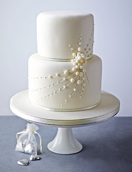 Cascade of Pearls Sponge Cake (Available to order until 31st January 2017)
