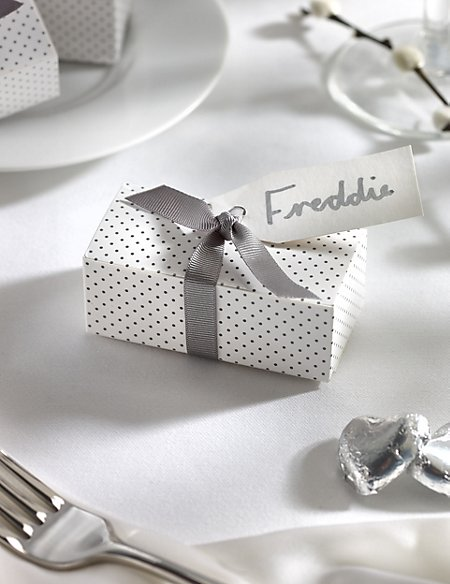 Silver Milk Chocolate Heart Wedding Favours in a Dotty Box with Silver Ribbon - Pack of 25