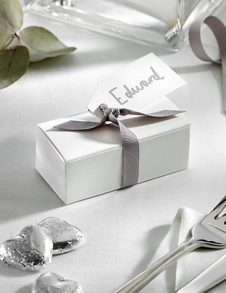 Silver Milk Chocolate Heart Wedding Favours in a White Box with Silver Ribbon - Pack of 25