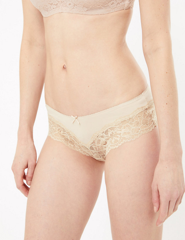 M /& S  size 12 Floral Lace Brazilian Knickers Panties Briefs Low Rise White