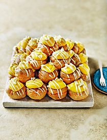 The Collection Passion Fruit & Yuzu Profiteroles (30 Pieces)