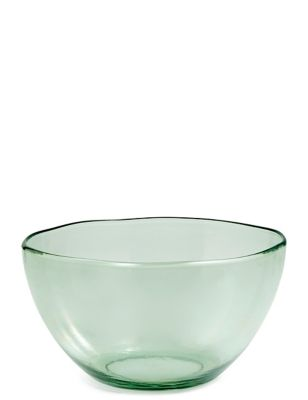 Alfresco Look Plastic Salad Bowl by Marks & Spencer