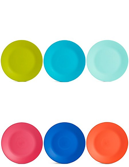 Set of 6 Plastic Plates