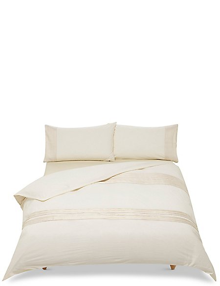 Sophie Pleated Bedding Set