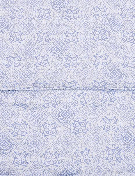 Matelassé Tile Print Quilted Throw