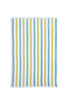 Lightweight Striped Bath Mat