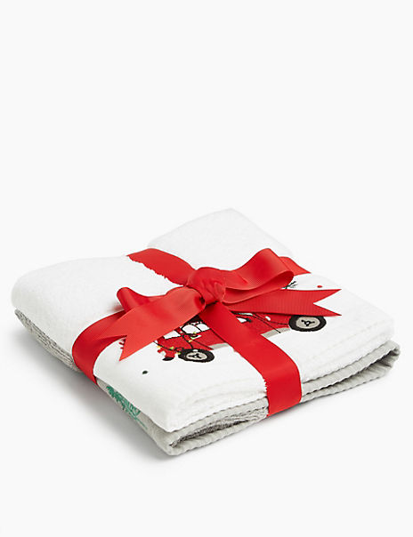 Driving Home For Christmas Embroidered Gift Packs