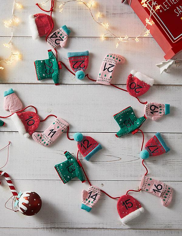 Κρεμαστό χριστουγεννιάτικο ημερολόγιο από τσόχα