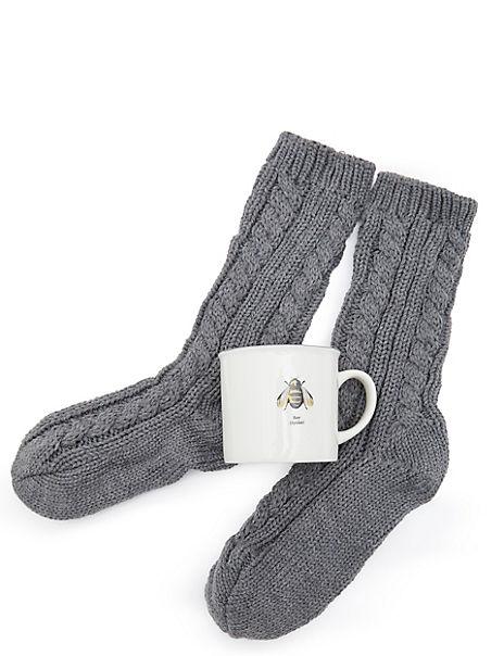 Mug & Sock Bee Design
