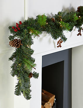 6ft lit winterberry garland