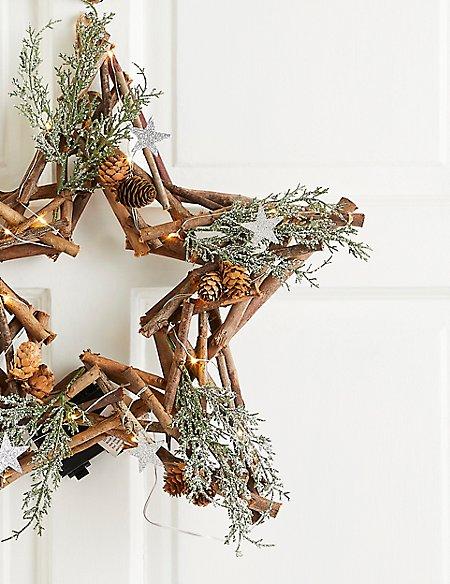 18 inch Lit Rustic Star Wreath