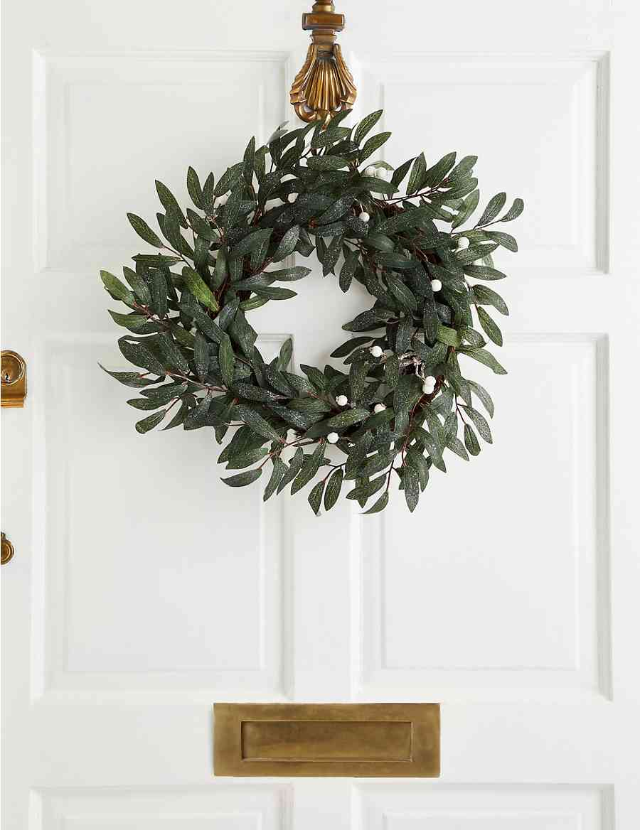 18 inch Olive Leaf & White Berry Wreath   M&S