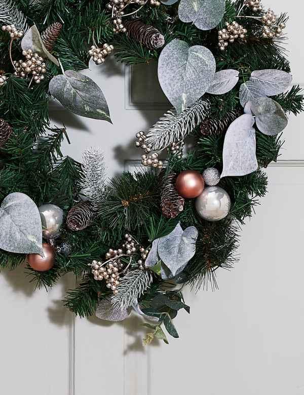 Silver Christmas Wreath.Christmas Wreaths Garlands Pre Lit Wreaths Garlands M S