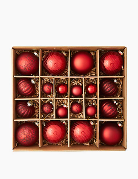 20 Pack Red Mix Glass Baubles