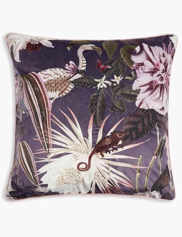Cushions Throws M S